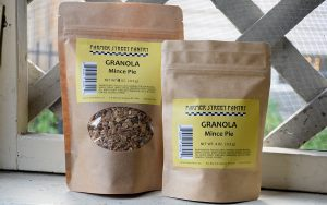 Farmer Street Pantry Mince Pie Granola in two sizes